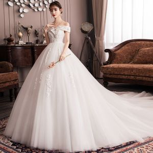 Elegant Ivory Empire Pregnant Wedding Dresses 2019 Off-The-Shoulder Beading Sequins Lace Flower Short Sleeve Backless Cathedral Train