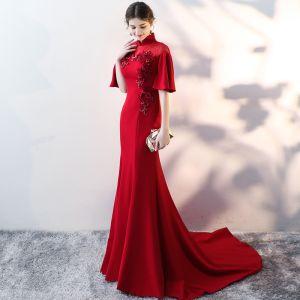 Chiński Styl Burgund Sukienki Wieczorowe 2017 Syrena / Rozkloszowane Wysokiej Szyi 1/2 Rękawy Aplikacje Kwiat Cekiny Frezowanie Trenem Sąd Sukienki Wizytowe