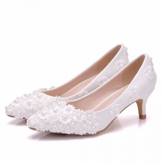 4e501e5f876 chic-beautiful-white-wedding-shoes-2018-lace-flower-pearl-5-cm-stiletto- heels-pointed-toe-wedding-pumps-560x560.jpg