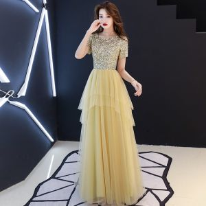 Affordable Gold Sequins Evening Dresses  2019 A-Line / Princess Scoop Neck Short Sleeve Floor-Length / Long Cascading Ruffles Formal Dresses