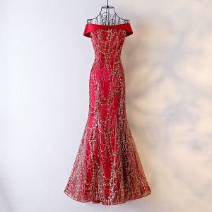 Luxus / Herrlich Rot Festliche Kleider Abendkleider 2017 Pailletten Eckiger Ausschnitt Ärmellos Sweep / Pinsel Zug Mermaid