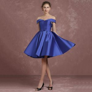 Modest / Simple Royal Blue Bridesmaid Dresses 2018 A-Line / Princess Off-The-Shoulder Short Sleeve Backless Bow Sash Short Ruffle Wedding Party Dresses