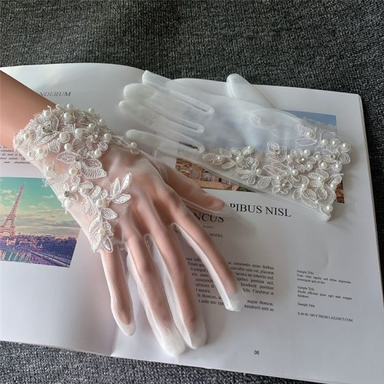 Kość Słoniowa Frezowanie Z Koronki Perła Tiulowe Ślub Piękne 2020 Akcesoria Rękawiczki Ślubne