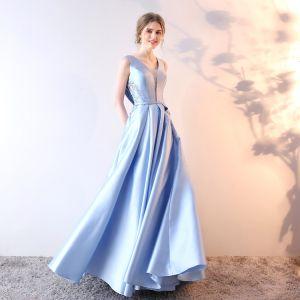 Schöne Himmelblau Abendkleider 2019 A Linie V-Ausschnitt Kristall Spitze Blumen Ärmellos Schleife Lange Festliche Kleider
