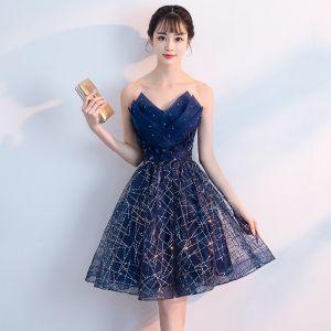 Bling Bling Marineblau Cocktailkleider 2018 A Linie Herz-Ausschnitt Ärmellos Strass Glanz Pailletten Kurze Rüschen Rückenfreies Festliche Kleider