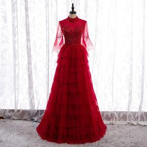 Vintage Rød Selskapskjoler 2020 Prinsesse Gjennomsiktig Høy Hals Bell ermer Beading Paljetter Lange Gripende Ruffles Ryggløse Formelle Kjoler
