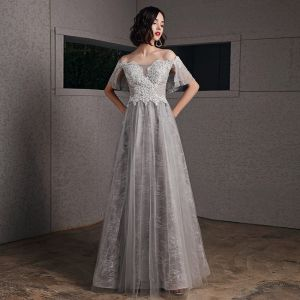 Best Grey Evening Dresses  2020 A-Line / Princess Off-The-Shoulder Short Sleeve Appliques Lace Beading Floor-Length / Long Ruffle Backless Formal Dresses