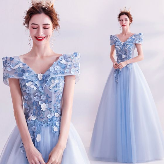 Fairytale Sky Blue Prom Dresses 2020 A-Line / Princess V-Neck Appliques Pearl Lace Flower Short Sleeve Backless Floor-Length / Long Formal Dresses
