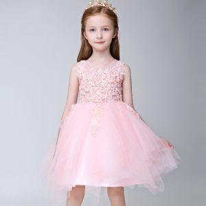 Mooie / Prachtige Hal Jurken Voor Bruiloft 2017 Bloemenmeisjes Jurken Blozen Roze Korte Baljurk Ronde Hals Mouwloos Bloem Appliques Parel