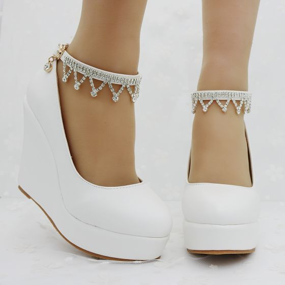 Chic / Beautiful White Casual Womens Shoes 2018 Rhinestone Ankle Strap 9 cm Wedges Round Toe