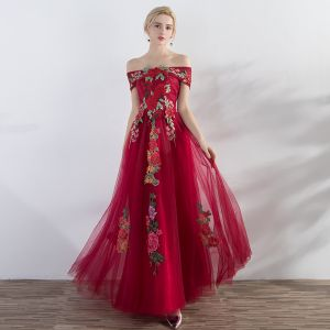 Affordable Red Evening Dresses  2019 A-Line / Princess Off-The-Shoulder Short Sleeve Appliques Embroidered Floor-Length / Long Ruffle Backless Formal Dresses