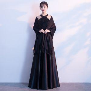 Stylowe / Modne Czarne Długie Sukienki Wieczorowe 2018 Princessa Z Szalem Charmeuse W paski Wieczorowe Sukienki Wizytowe