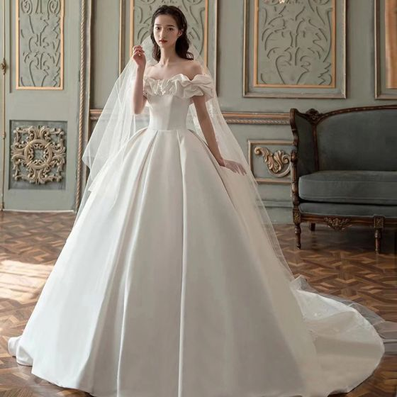 High-end Modest / Simple Ivory Satin Wedding Dresses 2021 Ball Gown Ruffle Off-The-Shoulder Short Sleeve Backless Royal Train Wedding