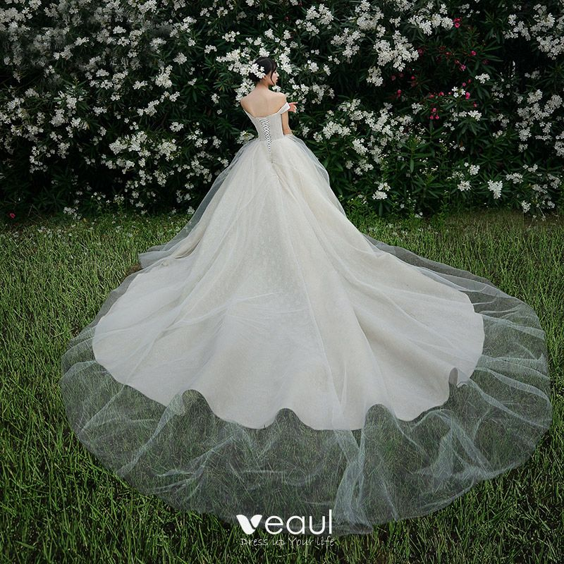 High-end Champagne Wedding Dresses 2019 Ball Gown Off-The-Shoulder Lace Flower Sleeveless Backless Royal Train