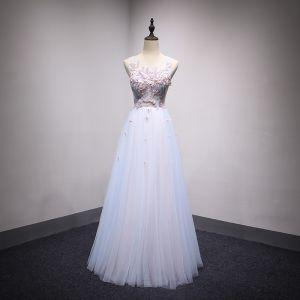 Chic / Belle Bleu Ciel Transparentes Robe De Soirée 2018 Princesse Encolure Dégagée Sans Manches Perle Faux Diamant Cristal Appliques En Dentelle Longue Volants Dos Nu Robe De Ceremonie