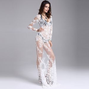 Sexy White Maxi Dresses 2018 Trumpet / Mermaid See-through Lace Flower V-Neck Long Sleeve Floor-Length / Long Womens Clothing