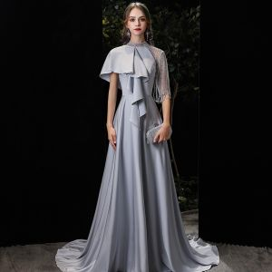 Mode Argenté Charmeuse Robe De Soirée 2020 Princesse Col Haut 1/2 Manches Perlage Train De Balayage Volants Robe De Ceremonie