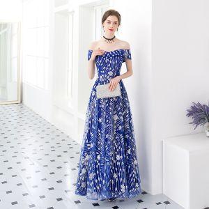 Niedrogie Królewski Niebieski Sukienki Wieczorowe 2018 Princessa Przy Ramieniu Kótkie Rękawy Aplikacje Cekiny Długie Wzburzyć Bez Pleców Sukienki Wizytowe