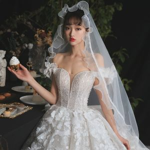 Romantic Champagne Bridal Wedding Dresses 2020 Ball Gown Off-The-Shoulder Short Sleeve Backless Appliques Lace Flower Beading Glitter Tulle Royal Train