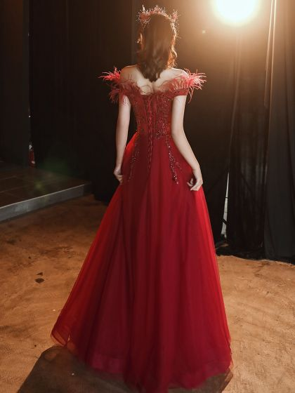 High-end Burgundy Evening Dresses  2020 A-Line / Princess Off-The-Shoulder Short Sleeve Appliques Sequins Beading Feather Floor-Length / Long Ruffle Backless Formal Dresses