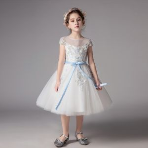 Chic / Beautiful Ivory See-through Flower Girl Dresses 2019 A-Line / Princess Scoop Neck Short Sleeve Sash Appliques Lace Tea-length Ruffle Wedding Party Dresses