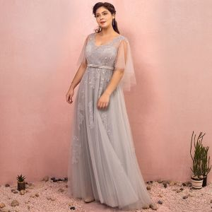 Chic / Beautiful Grey Plus Size Prom Dresses 2018 A-Line / Princess V-Neck Tulle Lace-up Appliques Backless Beading Sequins Evening Party Evening Dresses