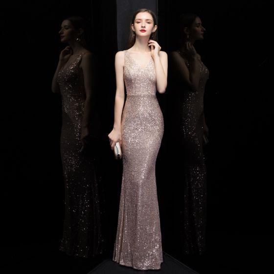 Erschwinglich Rose Gold Pailletten Abendkleider 2020 Meerjungfrau V-Ausschnitt Ärmellos Lange Rüschen Rückenfreies Festliche Kleider