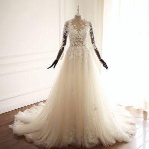 Illusion Champagner Durchsichtige Brautkleider 2018 A Linie Mit Spitze Applikationen Stehkragen Lange Ärmel Kapelle-Schleppe Hochzeit