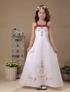 Weißer Stickerei Satin Blumenmädchen Kleid Kommunionkleider