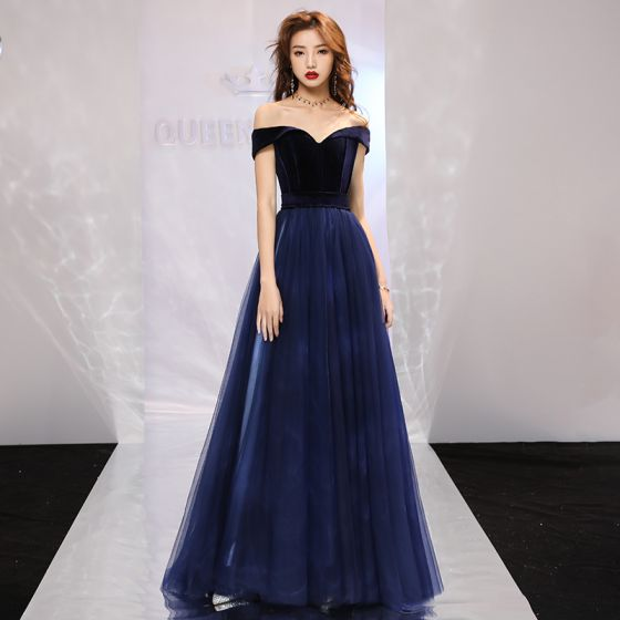 Elegant Navy Blue Prom Dresses 2019 A-Line / Princess Off-The-Shoulder Short Sleeve Court Train Ruffle Backless Formal Dresses