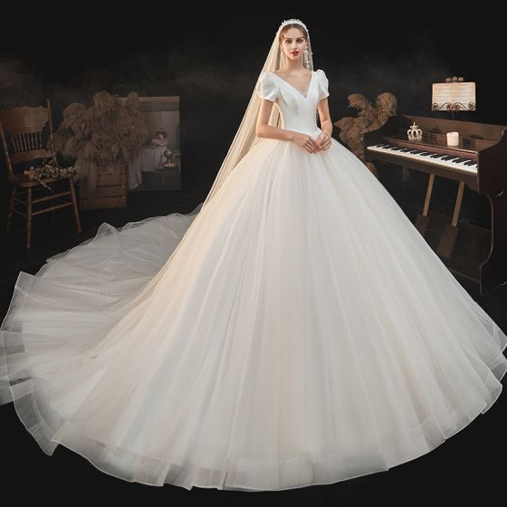 Vintage / Retro Champagne Bridal Wedding Dresses 2021 Ball Gown V-Neck Puffy Short Sleeve Backless Beading Cathedral Train Ruffle