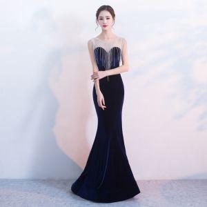 Elegante Marineblau Abendkleider 2017 Mermaid Rundhalsausschnitt Ärmellos Perlenstickerei Quaste Lange Rückenfreies Durchbohrt Festliche Kleider