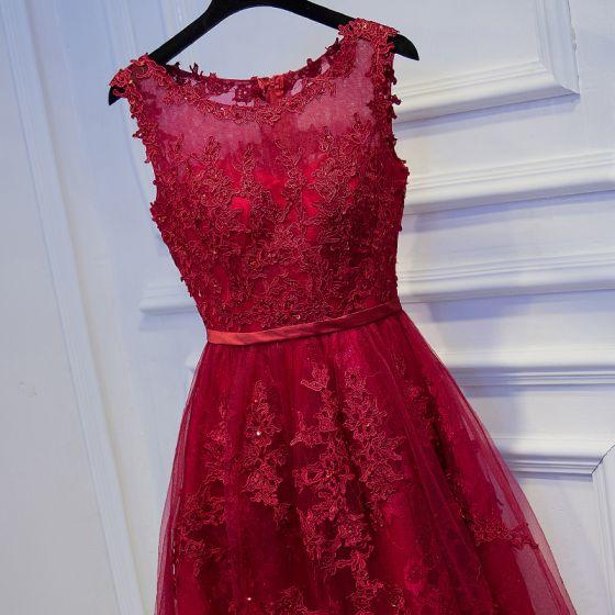 Piękne Czerwone Sukienki Na Studniówke 2017 Z Koronki Kwiat Cekiny Krótkie Wycięciem Bez Rękawów Princessa Sukienki Wizytowe