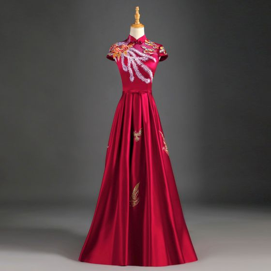 Chiński Styl Burgund Sukienki Wieczorowe 2019 Princessa Wysokiej Szyi Aplikacje Z Koronki Kokarda Rękawy z Kapturkiem Bez Pleców Długie Sukienki Wizytowe