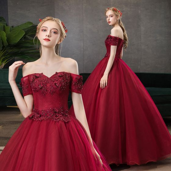 Elegant Burgundy Prom Dresses 2020 A-Line / Princess Off-The-Shoulder Beading Crystal Rhinestone Lace Flower Short Sleeve Backless Floor-Length / Long Formal Dresses