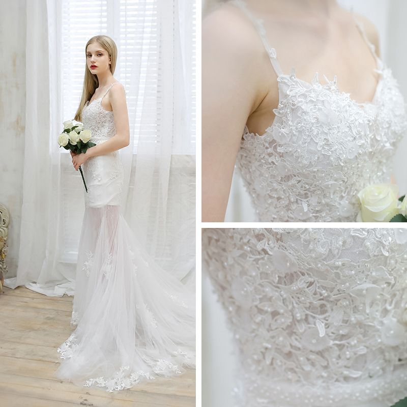 Chic / Beautiful Beach Wedding Dresses 2017 White Trumpet / Mermaid Court Train Sleeveless Spaghetti Straps V-Neck Backless Sash Pearl Lace Appliques