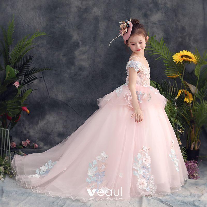Hermoso Perla Rosada Vestidos Para Niñas 2019 Ball Gown Fuera Del Hombro Spaghetti Straps Manga Corta Apliques Con Encaje Perla Rebordear Colas De