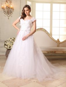 2015 A-line Sweetheart Shoulders Appliques Lace Bow Sash Tulle Wedding Dress