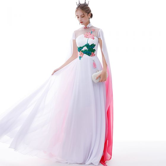 Chinese style Affordable White Chiffon Evening Dresses  2020 A-Line / Princess See-through High Neck Short Sleeve Appliques Embroidered Flower Watteau Train Formal Dresses