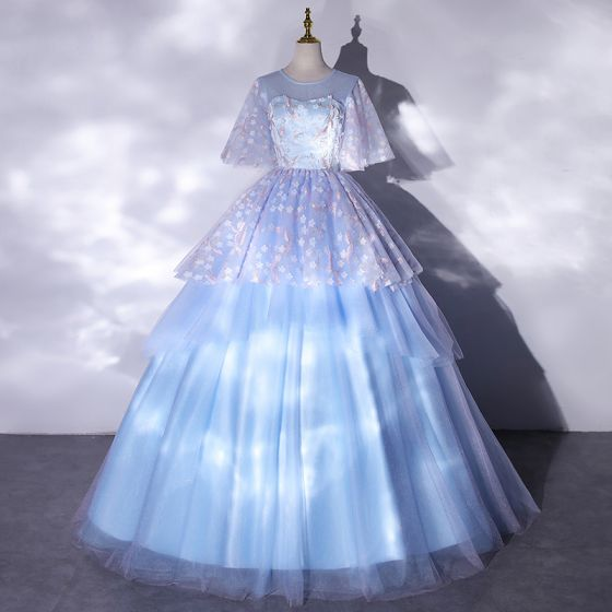 Classy Sky Blue Prom Dresses 2021 Ball Gown Scoop Neck Embroidered Appliques Short Sleeve Floor-Length / Long Formal Dresses