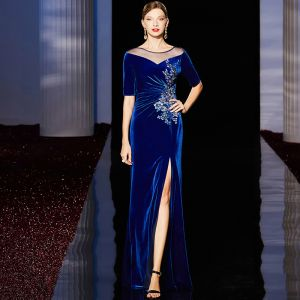 Classic Royal Blue Velour Evening Dresses  2020 Sheath / Fit See-through Scoop Neck 1/2 Sleeves Appliques Sequins Rhinestone Split Front Floor-Length / Long Ruffle Formal Dresses