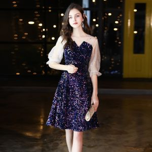 Sparkly Royal Blue Sequins Homecoming Graduation Dresses 2020 A-Line / Princess See-through V-Neck Puffy 1/2 Sleeves Short Ruffle Formal Dresses