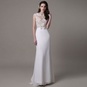 Modern / Fashion White Trumpet / Mermaid Beach Chiffon Wedding Dresses 2017 Scoop Neck Sleeveless Pearl Appliques Lace Sweep Train