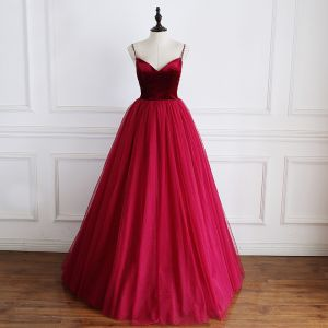 Modest / Simple Burgundy Suede Prom Dresses 2019 A-Line / Princess Spaghetti Straps Sleeveless Floor-Length / Long Ruffle Backless Formal Dresses