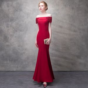 Chic / Beautiful Burgundy Evening Dresses  2017 Trumpet / Mermaid Artificial Flowers Crystal Rhinestone Sequins Off-The-Shoulder Backless Short Sleeve Ankle Length Formal Dresses