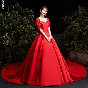 Enkla röd bröllops