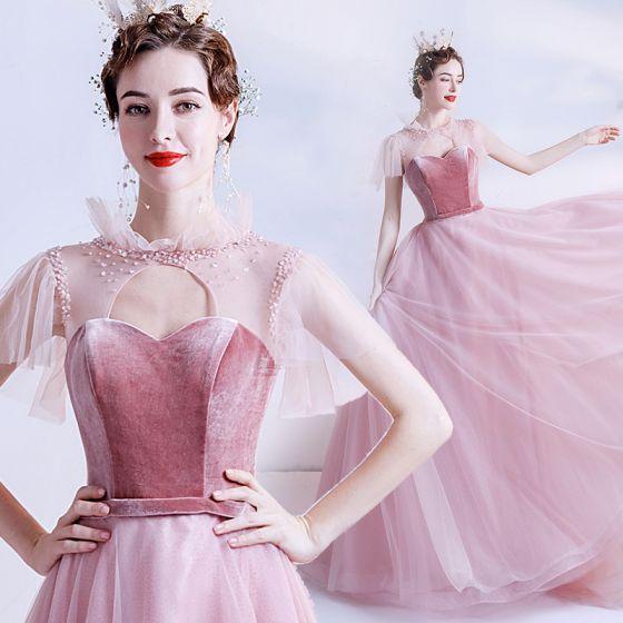 Mode Godis Rosa Genomskinliga Balklänningar 2020 Prinsessa Hög Hals Korta ärm Skärp Beading Glittriga / Glitter Tyll Svep Tåg Ruffle Halterneck Formella Klänningar