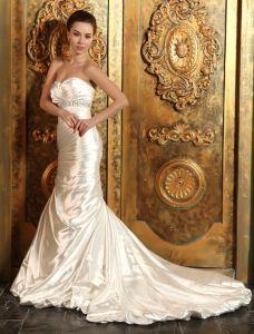 Trumpet / Mermaid Älskling Beading Skärp Volanger Satin Brudklänning/Bröllopsklänning