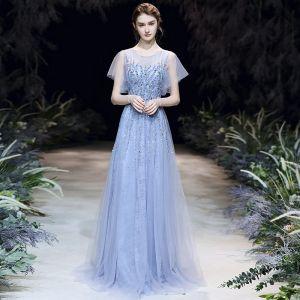 High End Himmelblau Durchsichtige Abendkleider 2020 A Linie Rundhalsausschnitt Kurze Ärmel Applikationen Pailletten Perlenstickerei Lange Rüschen Festliche Kleider