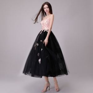 Chic / Beautiful Black Blushing Pink Evening Dresses  2018 A-Line / Princess Lace Appliques Pearl Sweetheart Backless Sleeveless Tea-length Formal Dresses